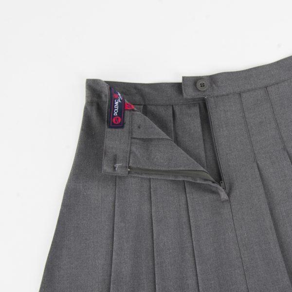Falda escolar gris ploma polemic
